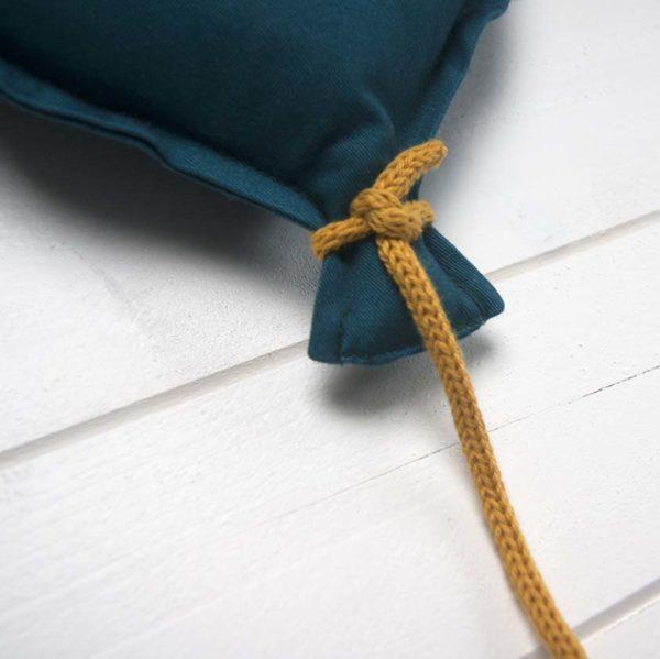 ballon mural personnalisable cordon en tricotin