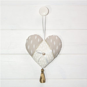 Les Jolies Zabeilles- petit coeur- decoration fait main